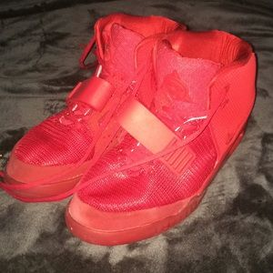 Yeezy Shoes - Nike Yeezy 2 Red October's